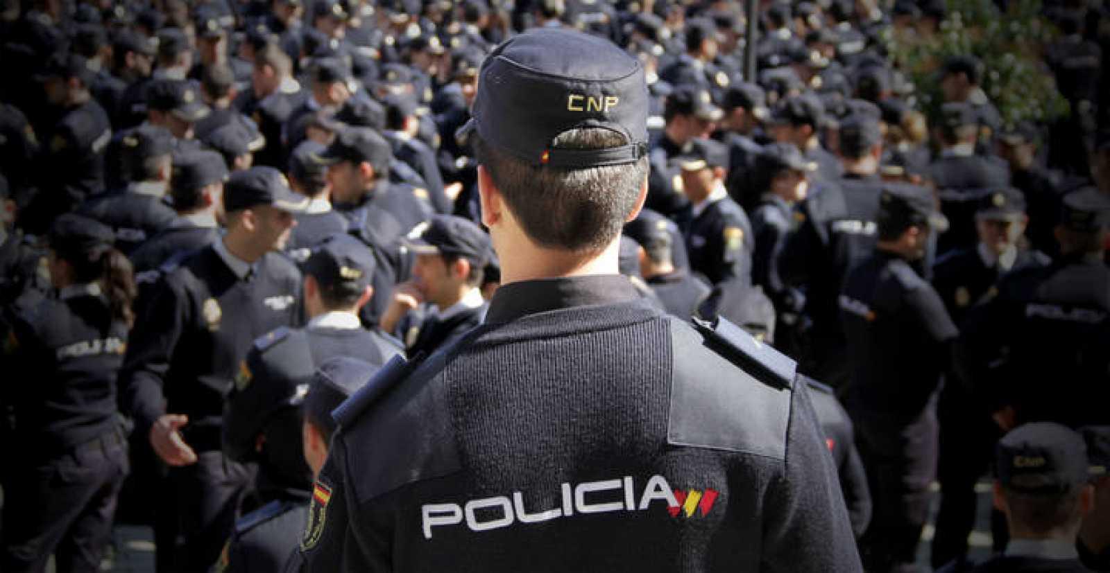 requisitos para ser policia en españa